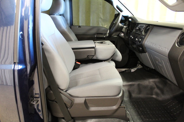 2015 Ford Super Duty F-350 SRW Pickup XL Roscoe, Illinois 19
