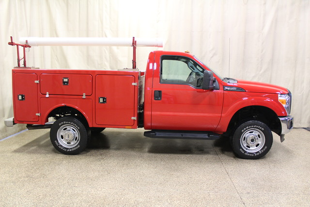 2015 Ford Super Duty F-350 SRW Pickup XL Roscoe, Illinois 1