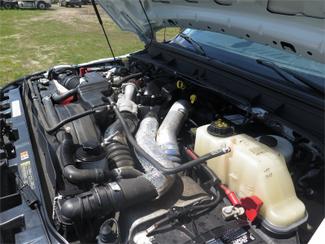 2015 Ford Super Duty F-550 DRW Chassis Cab XL Ravenna, MI 6