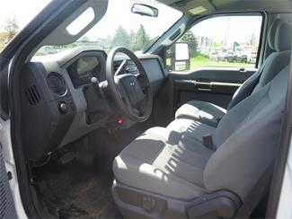 2015 Ford Super Duty F-550 DRW Chassis Cab XL Ravenna, MI 7