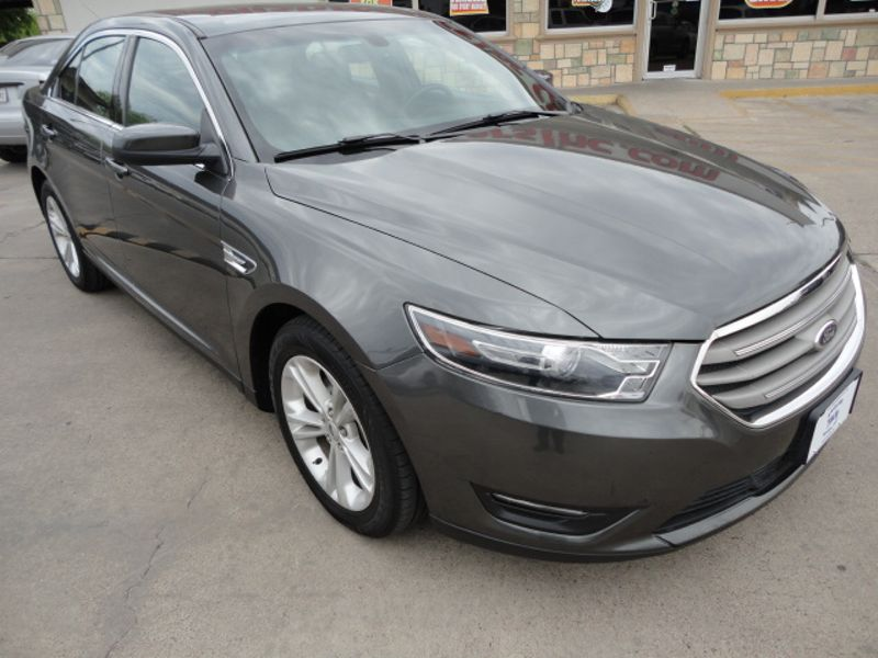 2015 Ford Taurus SEL  Brownsville TX  English Motors  in Brownsville, TX