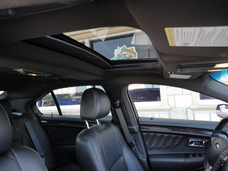 2015 Ford Taurus Limited  Brownsville TX  English Motors  in Brownsville, TX