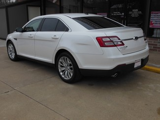 2015 Ford Taurus Limited Clinton, Iowa 3