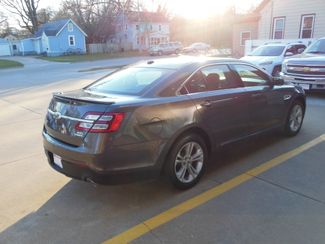 2015 Ford Taurus SEL Clinton, Iowa 2