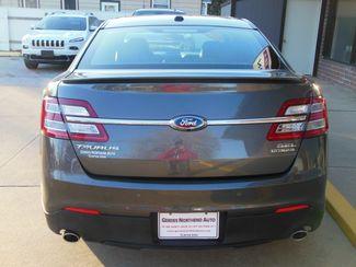 2015 Ford Taurus SEL Clinton, Iowa 25