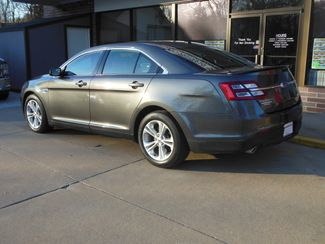 2015 Ford Taurus SEL Clinton, Iowa 3