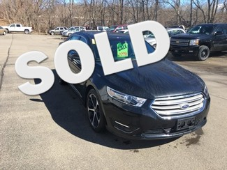 2015 Ford Taurus SEL in  .