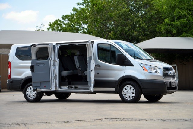 2015 Ford Transit 350 Wagon Low Roof XLT 60/40 Pass. 148-in. WB San Antonio , Texas 1