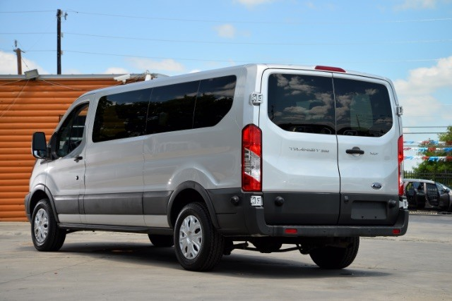 2015 Ford Transit 350 Wagon Low Roof XLT 60/40 Pass. 148-in. WB San Antonio , Texas 9