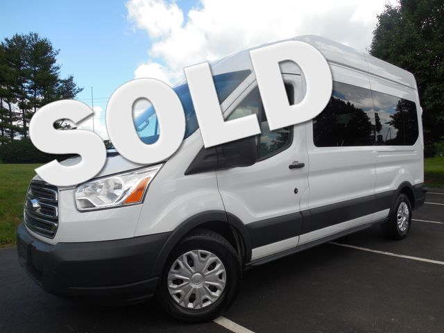 2015 Ford Transit Wagon XLT Leesburg, Virginia 0