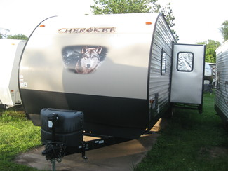 2015 Forest River Cherokee 304BH Katy, Texas