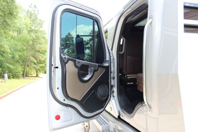 2015 Freightliner M2 112 SPORTCHASSIS RHA CONROE, TX 35