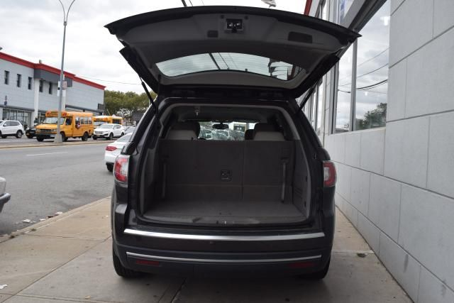 2015 GMC Acadia SLT Richmond Hill, New York 4
