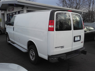 2015 GMC Savana Cargo Van East Haven, CT 26