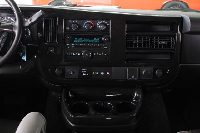 2015 GMC Savana 2500 EXT Van Upfitter EXPLORER LIMITED SE HIGH TOP CONVERSION Mooresville , NC 11