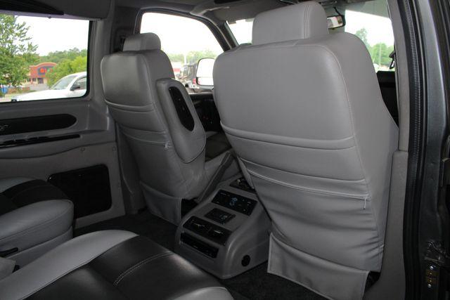 2015 GMC Savana 2500 EXT Van Upfitter EXPLORER LIMITED SE HIGH TOP CONVERSION Mooresville , NC 49