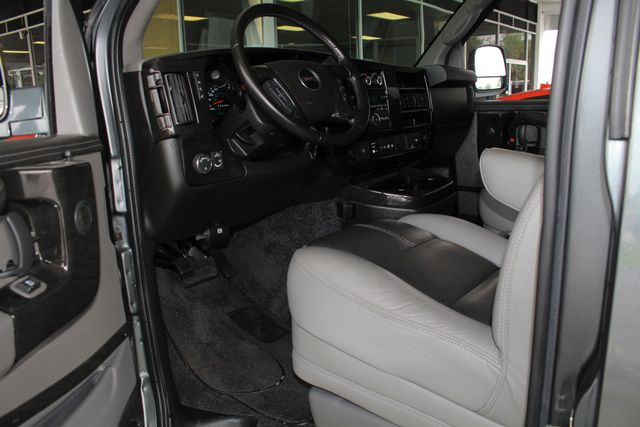 2015 GMC Savana 2500 EXT Van Upfitter EXPLORER LIMITED SE HIGH TOP CONVERSION Mooresville , NC 32