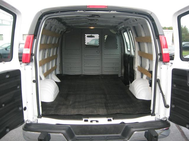 2015 GMC Savana Cargo Van G2500 Richmond, Virginia 8