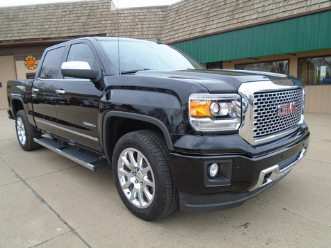 2015 GMC Sierra 1500 Denali in Dickinson, ND