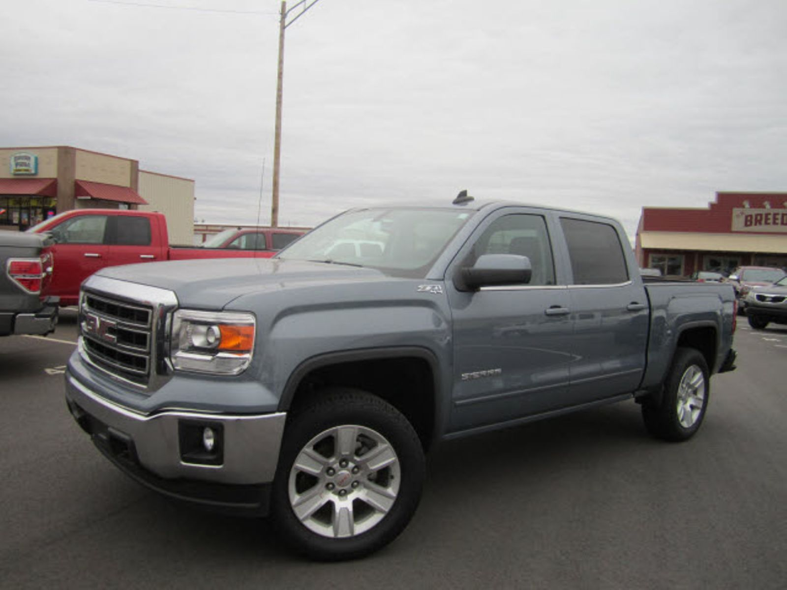 gmc side for with sale term news by canyon vs review sierra the auto long