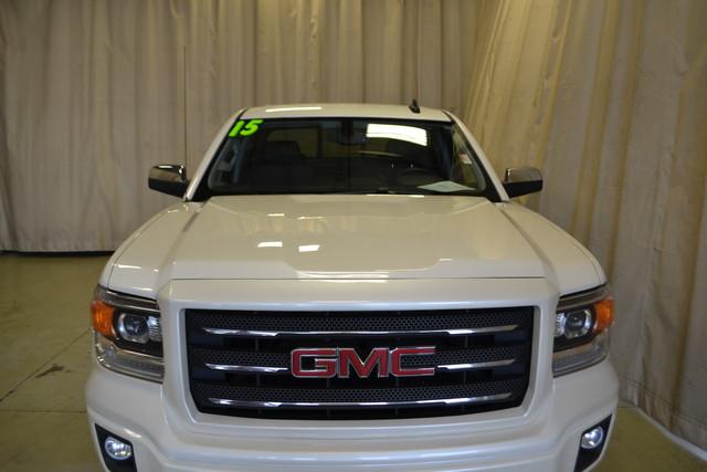 2015 GMC Sierra 1500 SLE Roscoe, Illinois 9