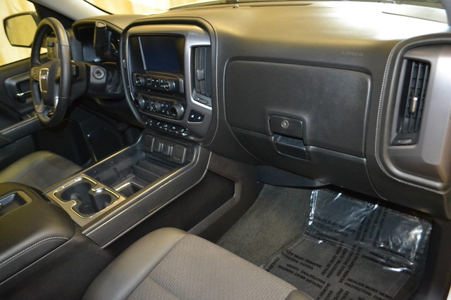 2015 GMC Sierra 1500 SLE Roscoe, Illinois 22