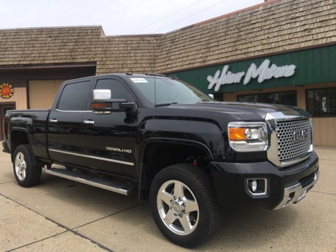 2015 GMC Sierra 2500HD available WiFi Denali in Dickinson, ND