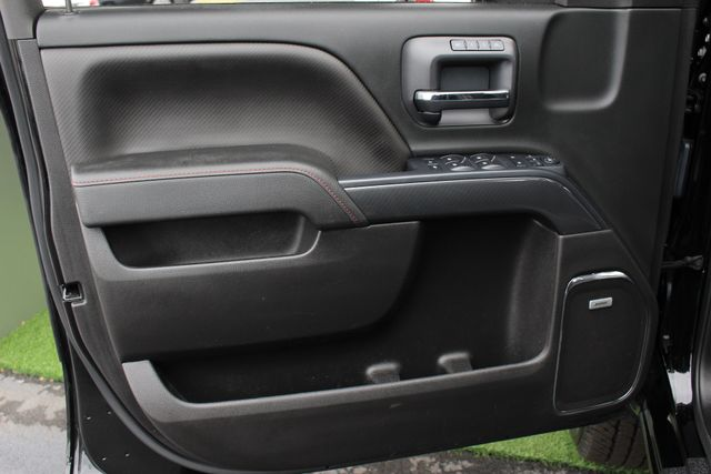 2015 GMC Sierra 2500HD available WiFi SLT Crew Cab 4x4 Z71 - ALL TERRAIN HD EDITION! Mooresville , NC 43