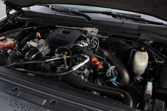2015 GMC Sierra 2500HD available WiFi SLT Crew Cab 4x4 Z71 - DURAMAX PLUS - NAV Mooresville , NC 47