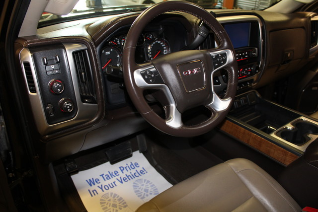 2015 GMC Sierra 2500HD available WiFi SLT Roscoe, Illinois 14