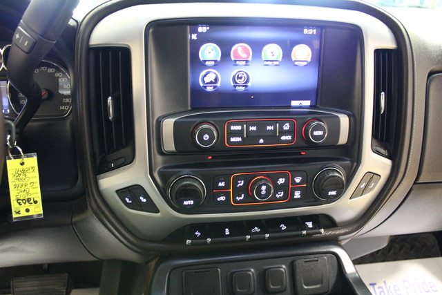 2015 GMC Sierra 2500HD available WiFi SLT Roscoe, Illinois 16