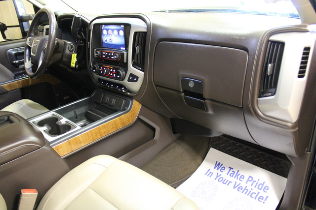 2015 GMC Sierra 2500HD available WiFi SLT Roscoe, Illinois 15