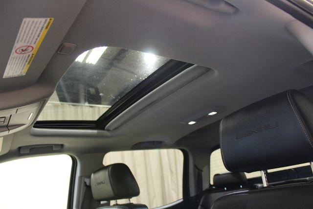 2015 GMC Sierra 2500HD  Denali Roscoe, Illinois 16