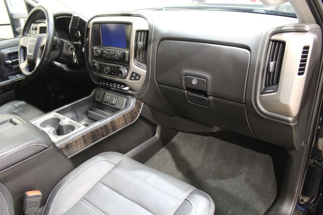 2015 GMC Sierra 2500HD available WiFi Denali Roscoe, Illinois 19
