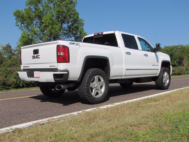 2015 GMC Sierra 2500HD available WiFi Denali St. Louis, Missouri 2