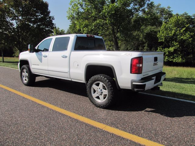 2015 GMC Sierra 2500HD available WiFi Denali St. Louis, Missouri 7