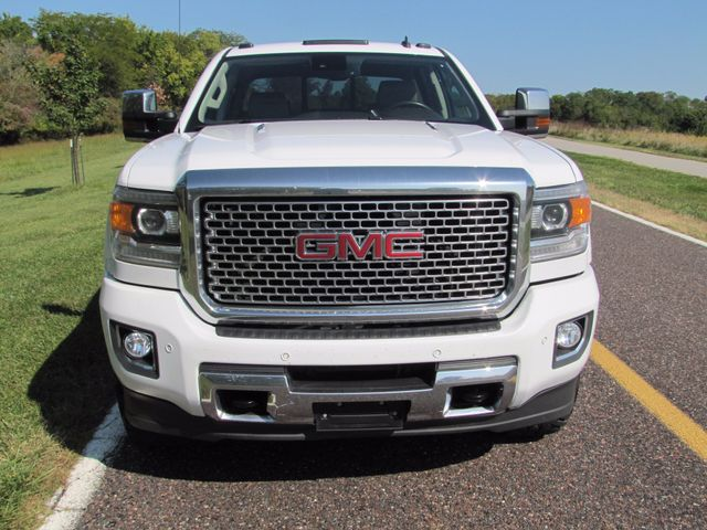 2015 GMC Sierra 2500HD available WiFi Denali St. Louis, Missouri 13