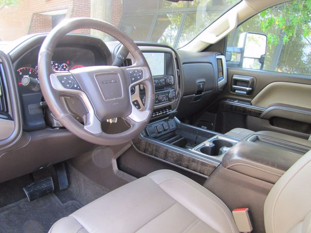 2015 GMC Sierra 2500HD available WiFi Denali St. Louis, Missouri 17