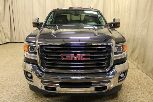 2015 GMC Sierra 2500HD Long Bed Diesel SLT Roscoe, Illinois 2