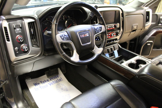 2015 GMC Sierra 2500HD Long Bed Diesel SLT Roscoe, Illinois 15