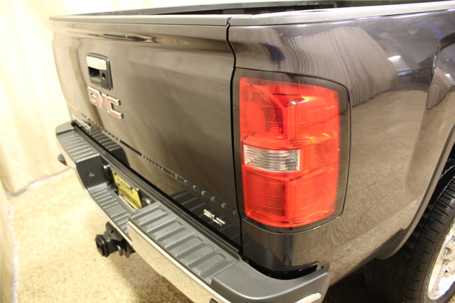 2015 GMC Sierra 2500HD Long Bed Diesel SLT Roscoe, Illinois 3