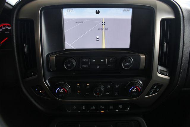 2015 GMC Sierra 3500HD  Denali Crew Cab DRW Long Bed 4x4 - DURAMAX PLUS! Mooresville , NC 4