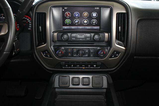 2015 GMC Sierra 3500HD  Denali Crew Cab DRW Long Bed 4x4 - DURAMAX PLUS! Mooresville , NC 11
