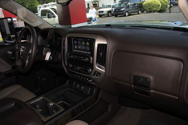 2015 GMC Sierra 3500HD available WiFi Denali Crew Cab Long Bed 4x4 -  $5K IN EXTRA$! Mooresville , NC 36