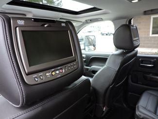2015 GMC Sierra 3500HD Denali 4x4 6.6L Diesel Denali Bend, Oregon 17