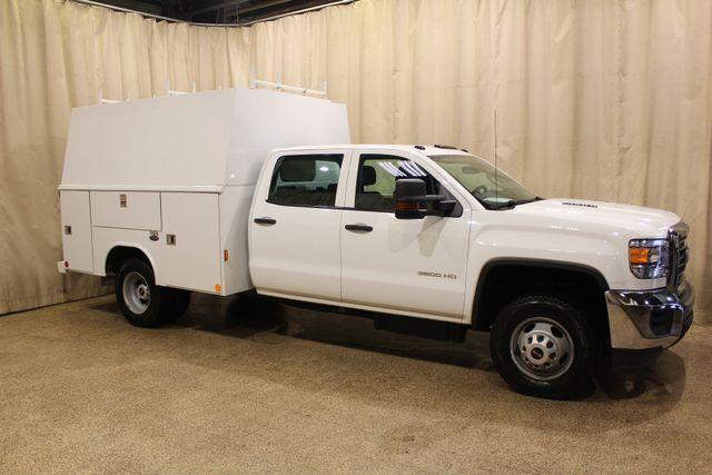 2015 GMC Sierra 3500HD  Utility box Roscoe, Illinois 0