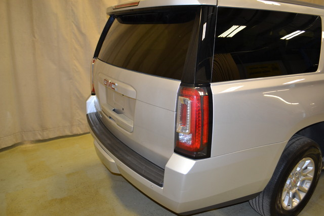 2015 GMC Yukon XL SLT Roscoe, Illinois 4