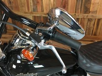 2015 Harley-Davidson Dyna® Street Bob® Anaheim, California 4