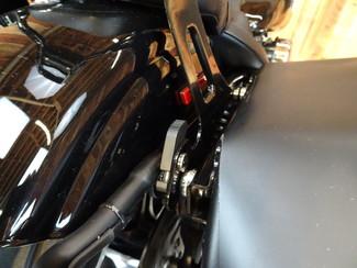 2015 Harley-Davidson Dyna® Street Bob® Anaheim, California 23