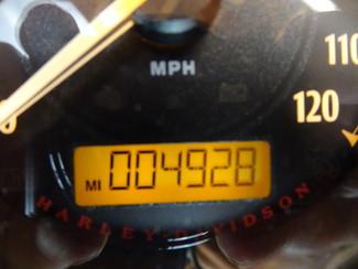 2015 Harley-Davidson Dyna® Street Bob® Anaheim, California 26
